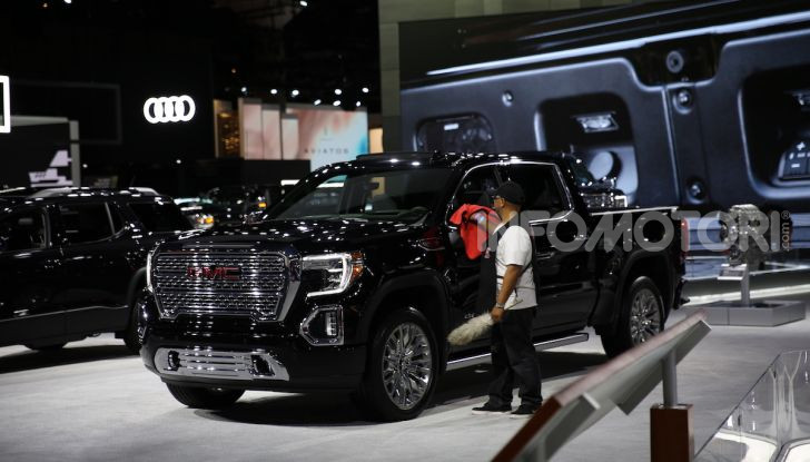 GMC al Los Angeles Auto Show 2018 – Le foto LIVE dal Salone - Foto 4 di 37
