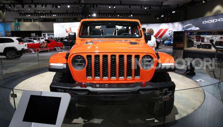 Jeep Gladiator, il primo pick-up di FCA presentato al Salone di Los Angeles - Foto 1 di 15