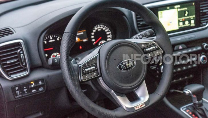 [VIDEO] Kia Sportage 2019, Test Drive del Diesel Mild-Hybrid da 48V - Foto 12 di 24