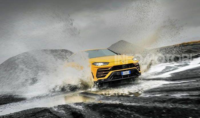 Lamborghini Urus provata su strada e fuoristrada in Islanda - Foto 4 di 10