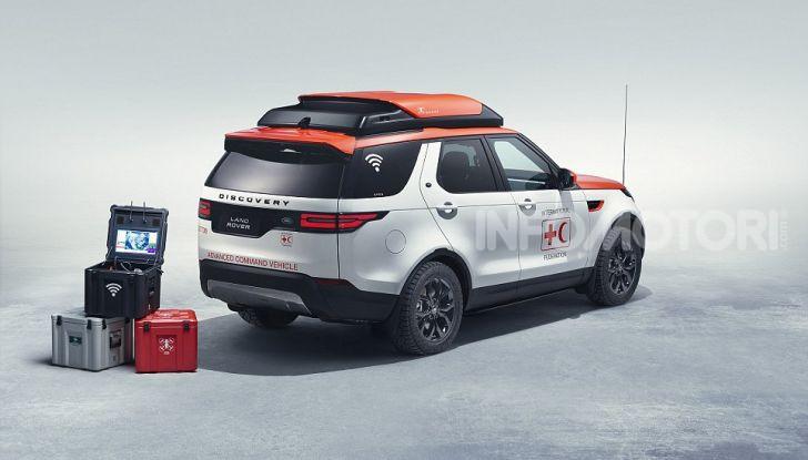 Land Rover e Croce Rossa per aiutare in caso di catastrofe naturale - Foto 3 di 7