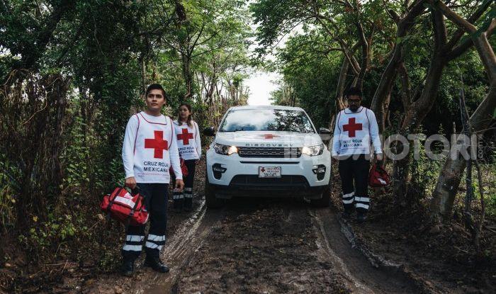 Land Rover e Croce Rossa per aiutare in caso di catastrofe naturale - Foto 4 di 7