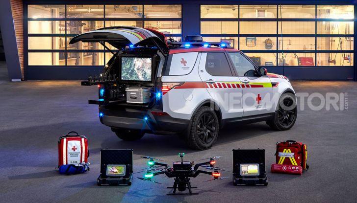 Land Rover e Croce Rossa per aiutare in caso di catastrofe naturale - Foto 6 di 7