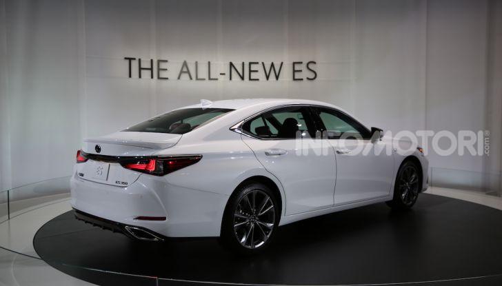 Lexus, le novità del Salone di Los Angeles 2018 in un'ampia gallery - Foto 19 di 30