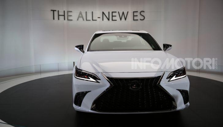 Lexus, le novità del Salone di Los Angeles 2018 in un'ampia gallery - Foto 23 di 30