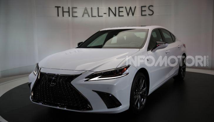 Lexus, le novità del Salone di Los Angeles 2018 in un'ampia gallery - Foto 28 di 30