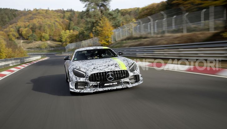 Mercedes-AMG GT R Pro: un'estrema supercar Made in Germany - Foto 12 di 12
