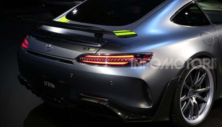 Mercedes-AMG GT R Pro: un'estrema supercar Made in Germany - Foto 8 di 12