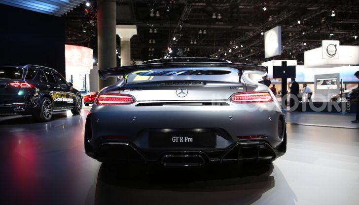 Mercedes-AMG GT R Pro: un'estrema supercar Made in Germany - Foto 7 di 12