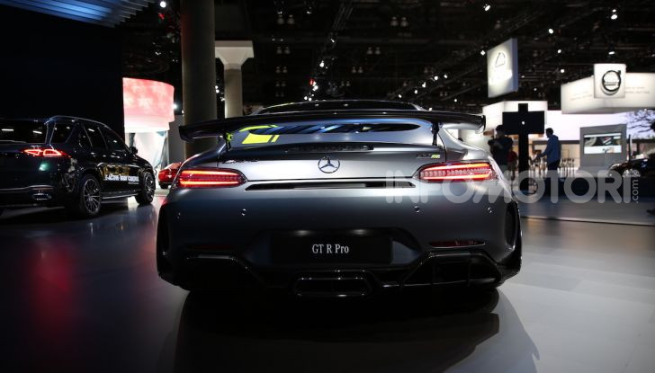 Mercedes-AMG GT R Pro: un'estrema supercar Made in Germany - Foto 5 di 12
