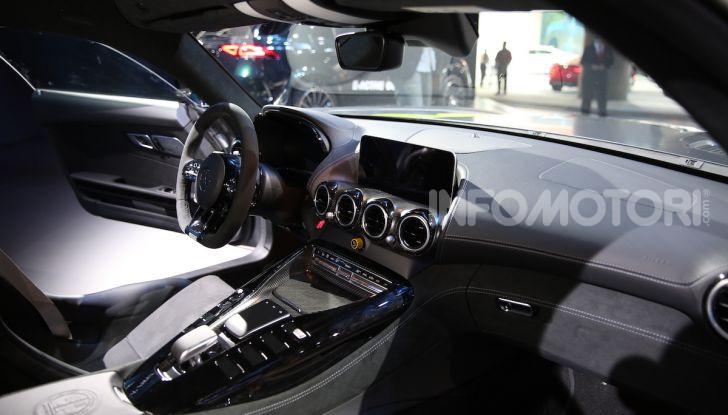Mercedes-AMG GT R Pro: un'estrema supercar Made in Germany - Foto 9 di 12