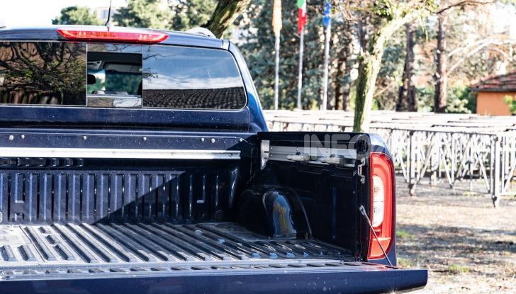 Mercedes-Benz X 350d 4Matic, prova del 6 cilindri da 3,0 litri - Foto 28 di 49