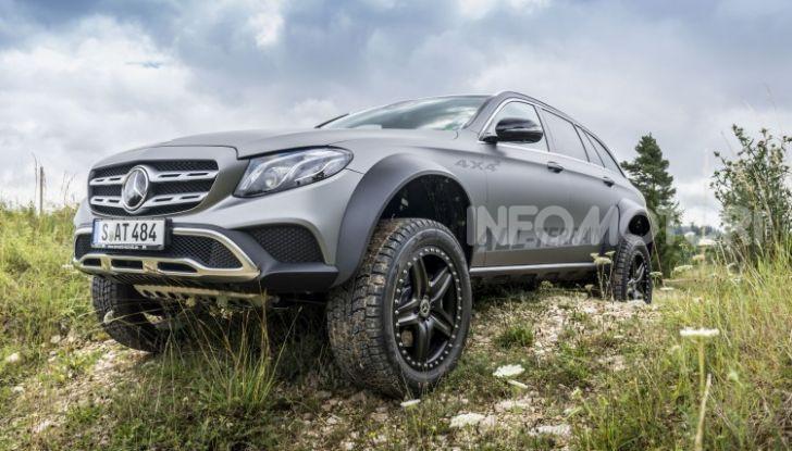 Mercedes-Benz Classe E 4MATIC All-Terrain 4×4², l'esemplare unico che esalta l'off-road - Foto 2 di 7