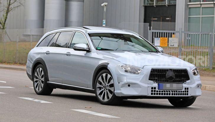 Mercedes Classe E Station Wagon 2020, i dettagli della nuova generazione - Foto 1 di 18