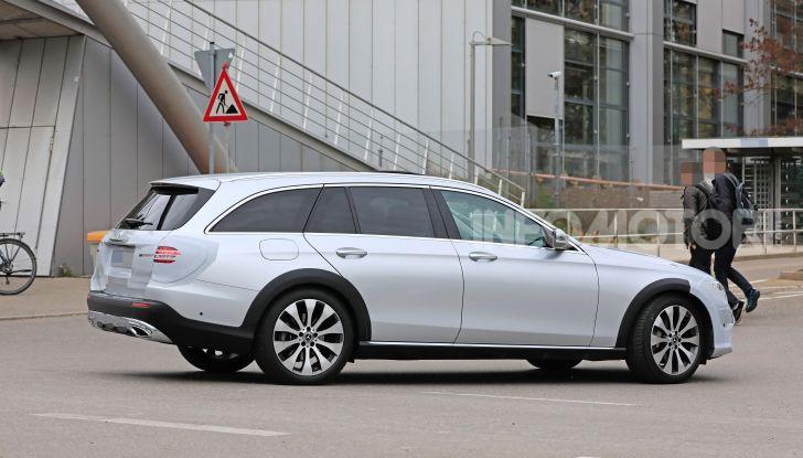 Mercedes Classe E Station Wagon 2020, i dettagli della nuova generazione - Foto 17 di 18