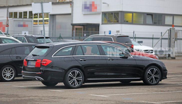 Mercedes Classe E Station Wagon 2020, i dettagli della nuova generazione - Foto 13 di 18