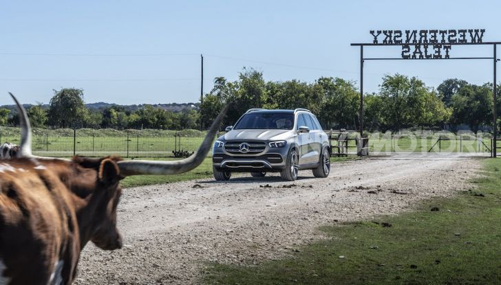 Nuova Mercedes GLE: Il SUV che balla come una showcar - Foto 19 di 42