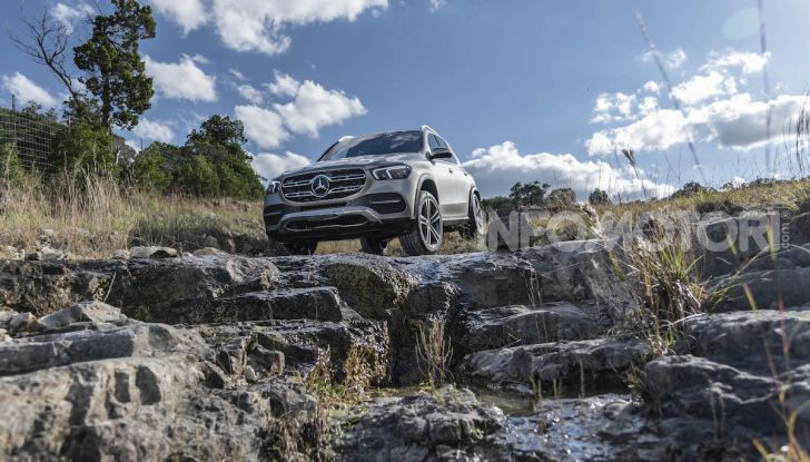 Nuova Mercedes GLE: Il SUV che balla come una showcar - Foto 35 di 42
