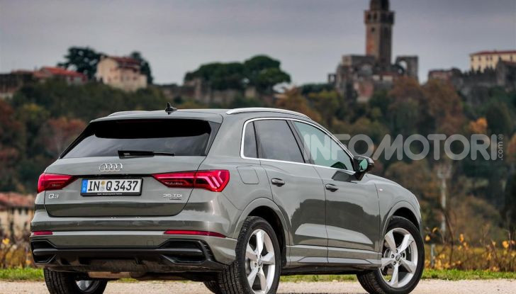 Nuova Audi Q3 prova su strada, prezzi e motori - Foto 9 di 12