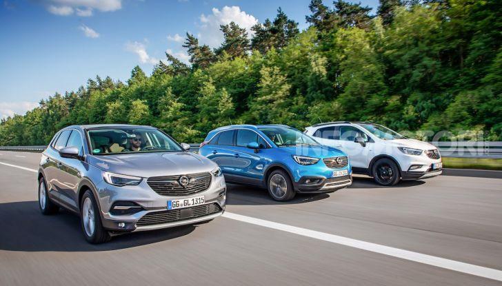 Opel con Apple CarPlay e Android Auto: disponibili Google Maps e Waze - Foto 5 di 10