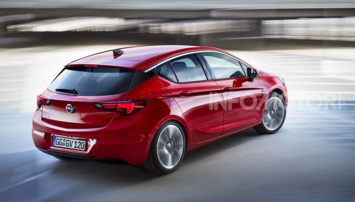 Opel con Apple CarPlay e Android Auto: disponibili Google Maps e Waze - Foto 7 di 10
