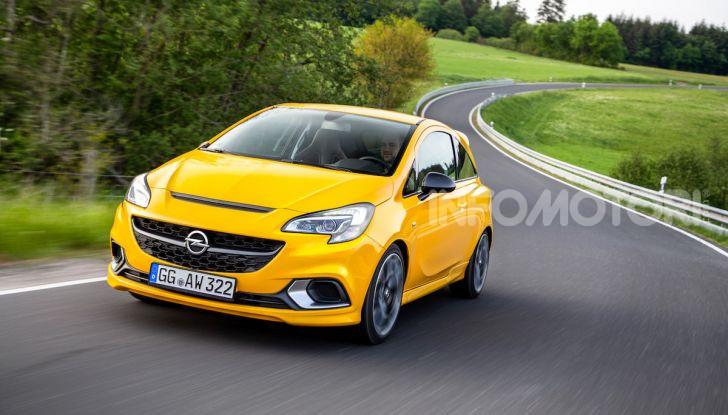 Opel con Apple CarPlay e Android Auto: disponibili Google Maps e Waze - Foto 8 di 10