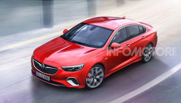 Opel con Apple CarPlay e Android Auto: disponibili Google Maps e Waze - Foto 9 di 10