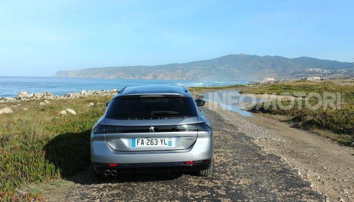 Prova nuova Peugeot 508 SW: opinioni, caratteristiche e prezzi - Foto 13 di 21