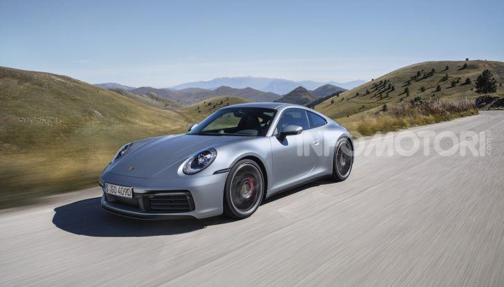 Nuova Porsche 911 992, innovazione e tradizione per la Super 8 - Foto 24 di 29