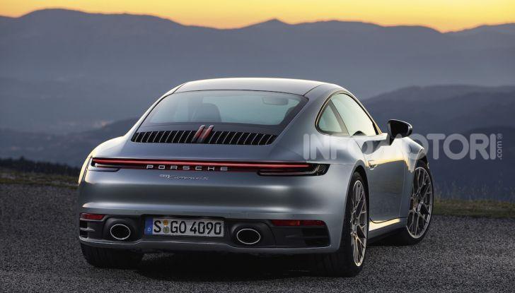 Nuova Porsche 911 992, innovazione e tradizione per la Super 8 - Foto 14 di 29
