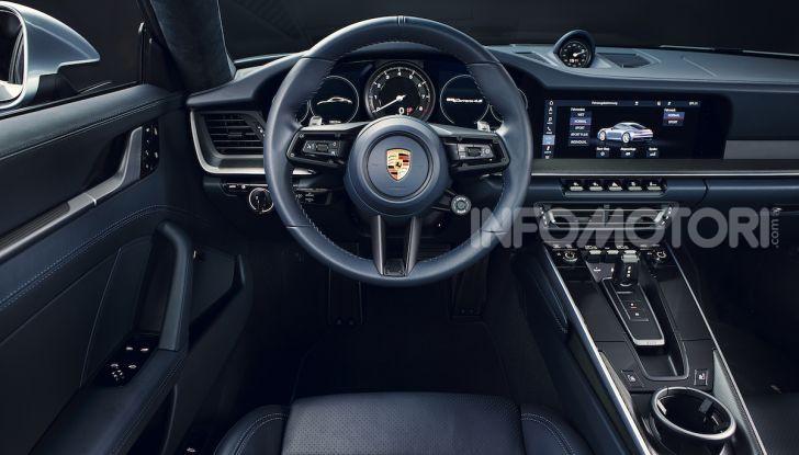 Nuova Porsche 911 992, innovazione e tradizione per la Super 8 - Foto 15 di 29
