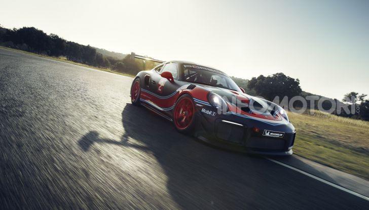 Porsche 911 GT2 RS Clubsport: la supercar da 710CV e 405.000€ - Foto 2 di 14