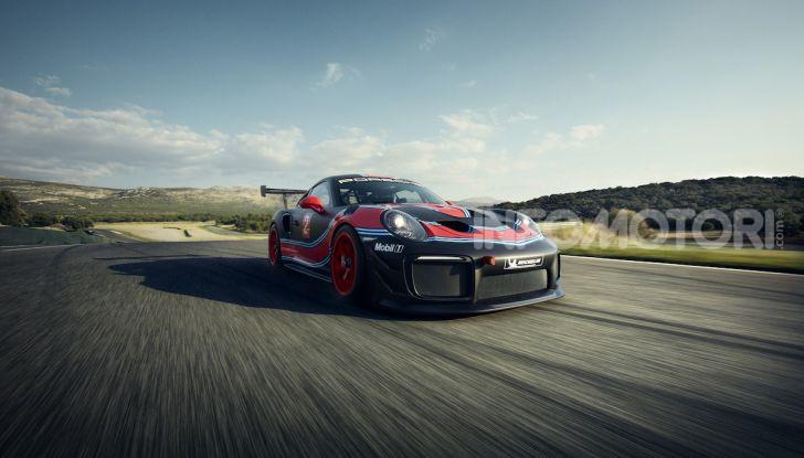 Porsche 911 GT2 RS Clubsport: la supercar da 710CV e 405.000€ - Foto 4 di 14