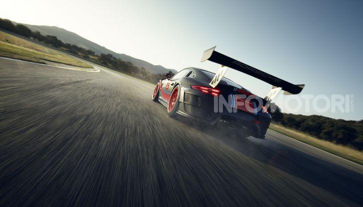 Porsche 911 GT2 RS Clubsport: la supercar da 710CV e 405.000€ - Foto 5 di 14