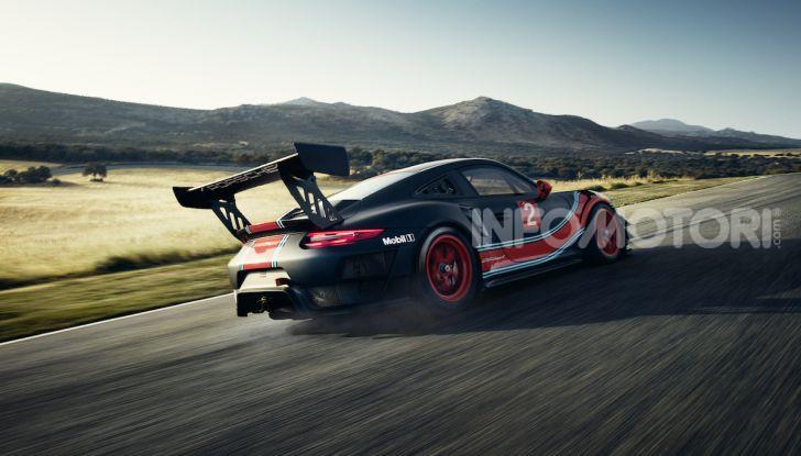 Porsche 911 GT2 RS Clubsport: la supercar da 710CV e 405.000€ - Foto 6 di 14