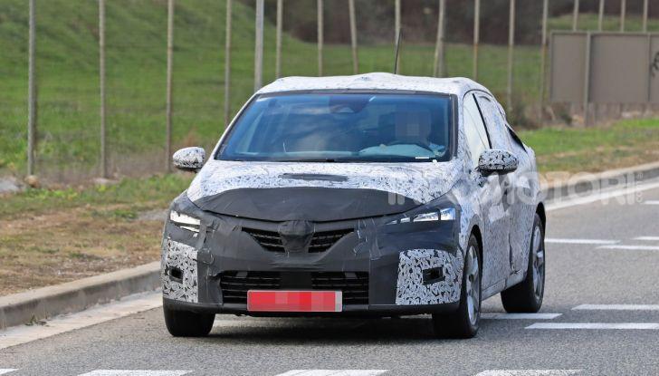 Renault Clio 2019 primo contatto su strada della nuova generazione - Foto 17 di 20