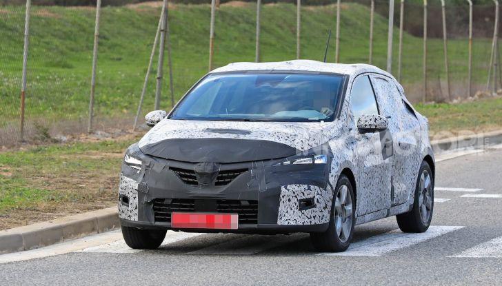Renault Clio 2019 primo contatto su strada della nuova generazione - Foto 18 di 20