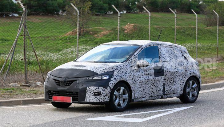 Renault Clio 2019 primo contatto su strada della nuova generazione - Foto 8 di 20