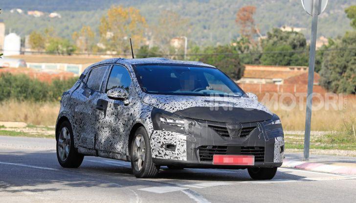 Renault Clio 2019 primo contatto su strada della nuova generazione - Foto 1 di 20