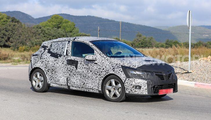 Renault Clio 2019 primo contatto su strada della nuova generazione - Foto 6 di 20
