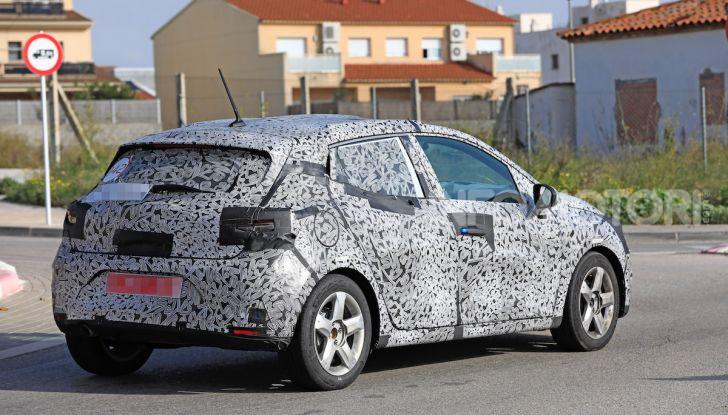 Renault Clio 2019 primo contatto su strada della nuova generazione - Foto 13 di 20