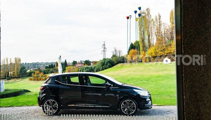 Renault Clio Moschino 2018: la francese più venduta in Italia si veste italiano - Foto 23 di 42
