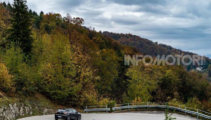 Renault Clio Moschino 2018: la francese più venduta in Italia si veste italiano - Foto 33 di 42