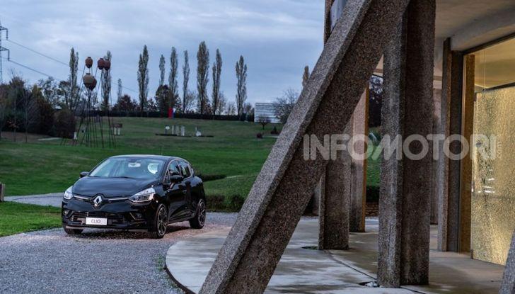 Renault Clio Moschino 2018: la francese più venduta in Italia si veste italiano - Foto 3 di 42
