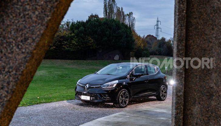 Renault Clio Moschino 2018: la francese più venduta in Italia si veste italiano - Foto 40 di 42