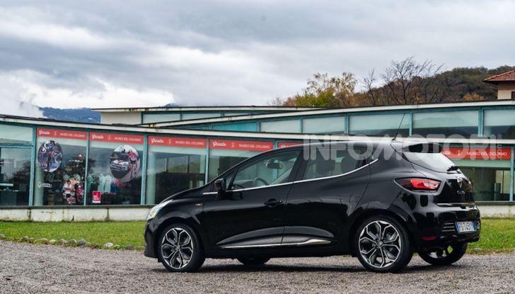 Renault Clio Moschino 2018: la francese più venduta in Italia si veste italiano - Foto 7 di 42