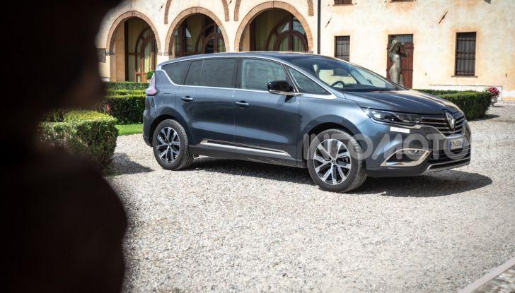 Nuova Renault Espace, prova dell'1.8 TCe Energy da 225CV - Foto 1 di 30
