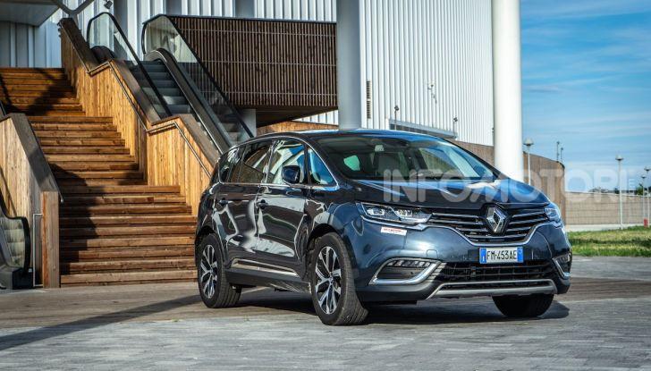 Nuova Renault Espace, prova dell'1.8 TCe Energy da 225CV - Foto 23 di 30