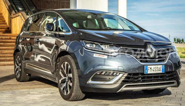 Nuova Renault Espace, prova dell'1.8 TCe Energy da 225CV - Foto 25 di 30