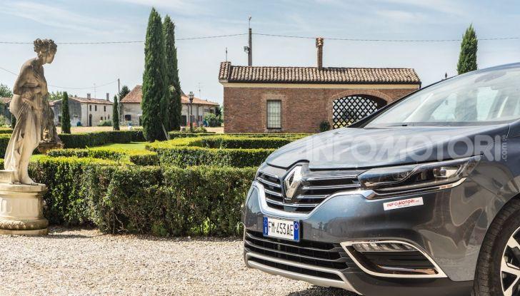 Nuova Renault Espace, prova dell'1.8 TCe Energy da 225CV - Foto 7 di 30